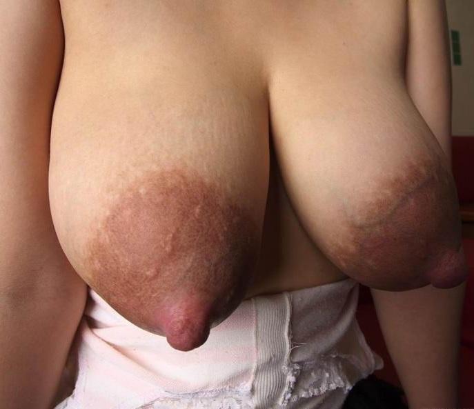 голышка с крупными сосками видео